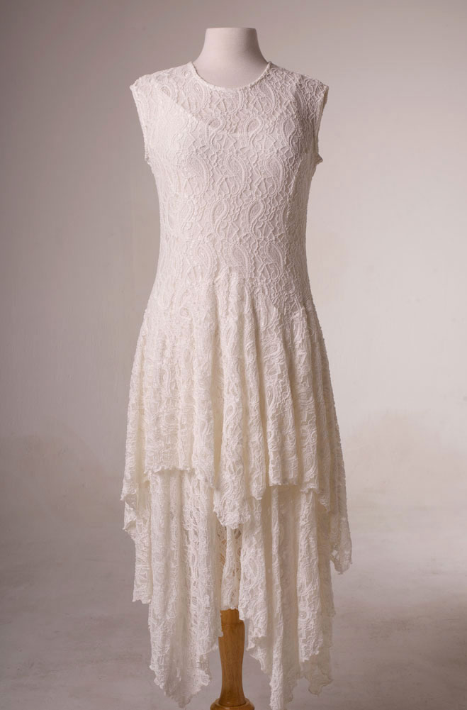 Dress in style wedding dress outfit in ivory lace for Wedding dress western style